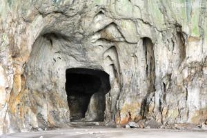 vchod do jeskyně Devetaška