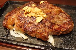 steak v restauraci Ikinari Steak