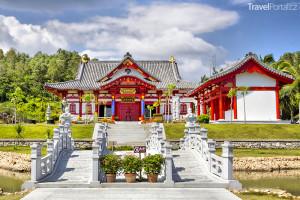 Červený dům na jihu ostrova Chaj-nan