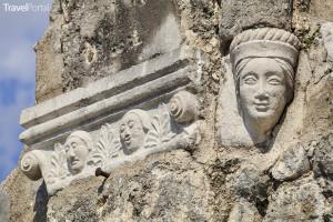 ruiny kostela ve Venzone