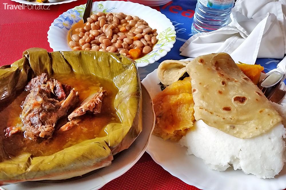 africká kuchyně včetně matoke