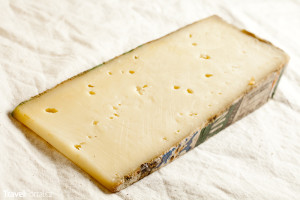 sýr Fontina z Údolí Aosty