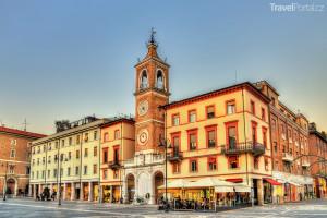 náměstí Tre Martiri v Rimini