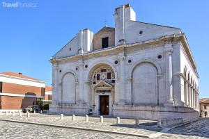 Malatestiano v Rimini