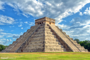 Májská pyramida