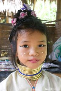 Dívka z kmene Padaung Thajsko