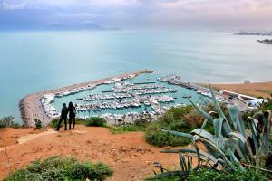 pobřeží Sidi Bou Said