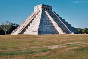 chrám Opeřeného hada