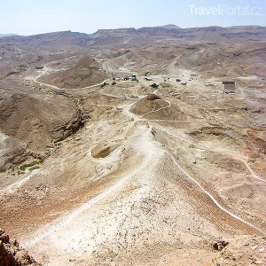 okolí pevnosti Masada