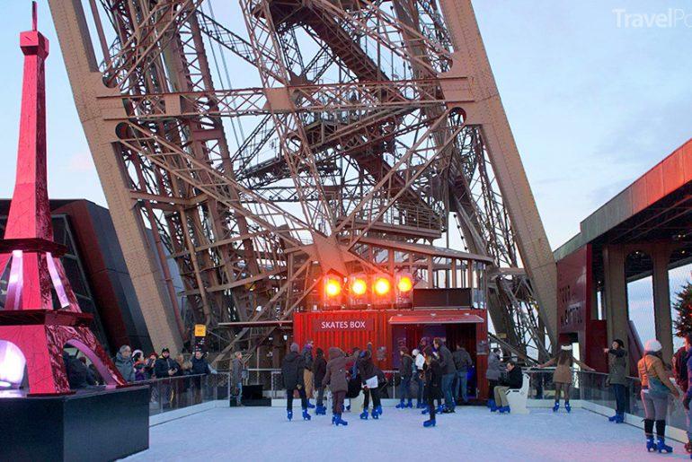 Paříž Eiffelova věž kluziště