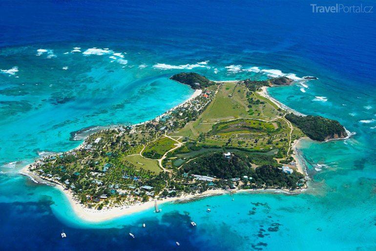 Grenadiny letecký záběr