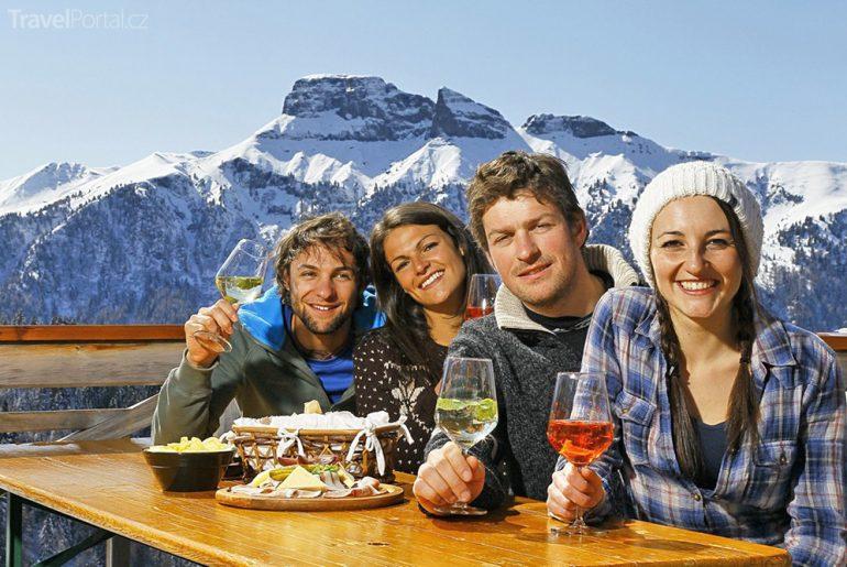 snídaně Dolomity