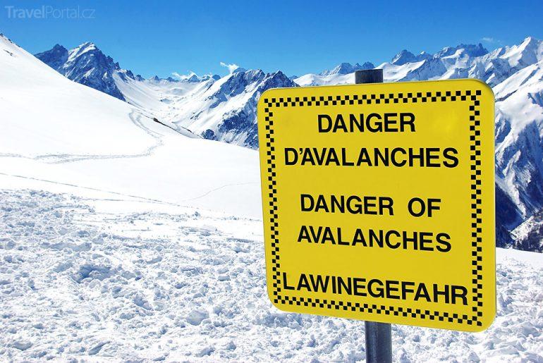 nebezpečí lavin Alpy