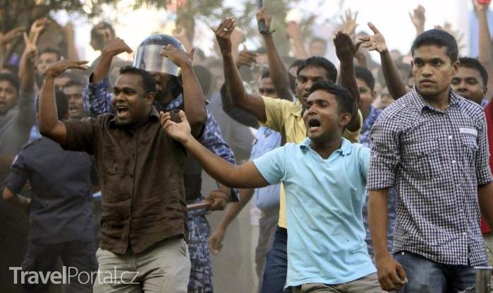 nepokoje na Maledivách