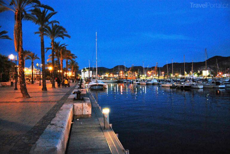 Cartagena v noci