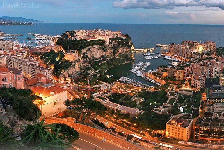 Monte Carlo v noci
