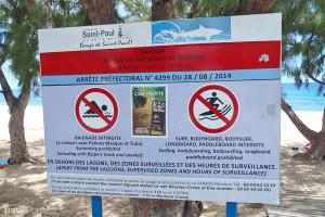 varování před žraloky Réunion