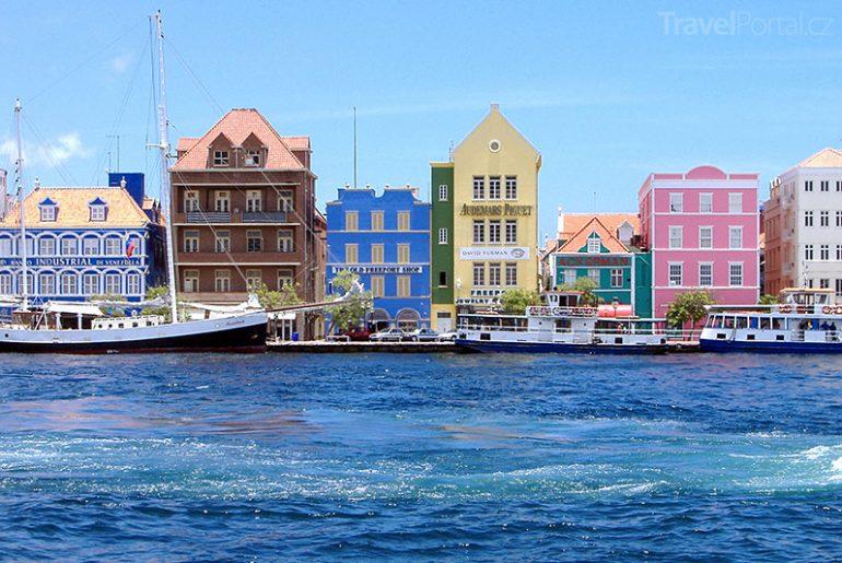 přístav ve Willemstadu