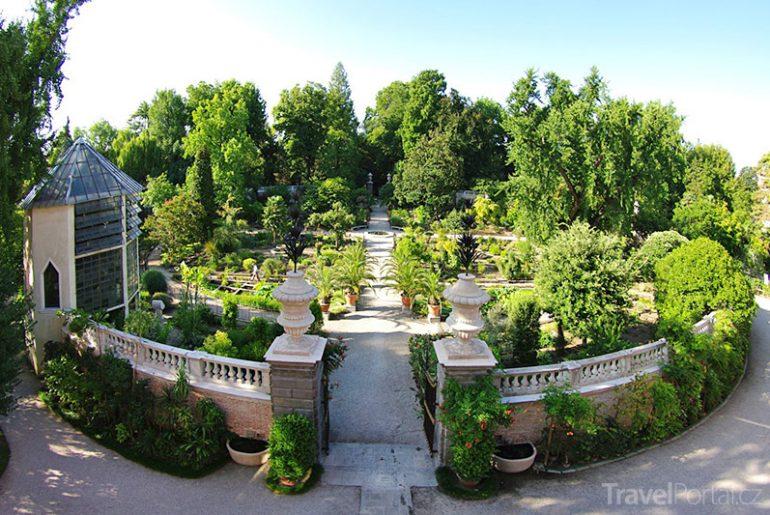 nejstarší botanická zahrada