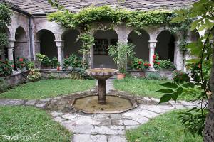 klášter v St. Maurice