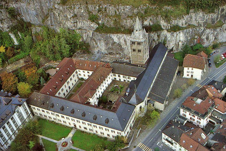 nejstarší klášter západní Evropy - St. Maurice