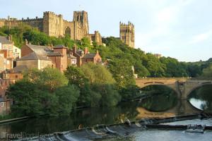 hrad v anglickém městě Durham
