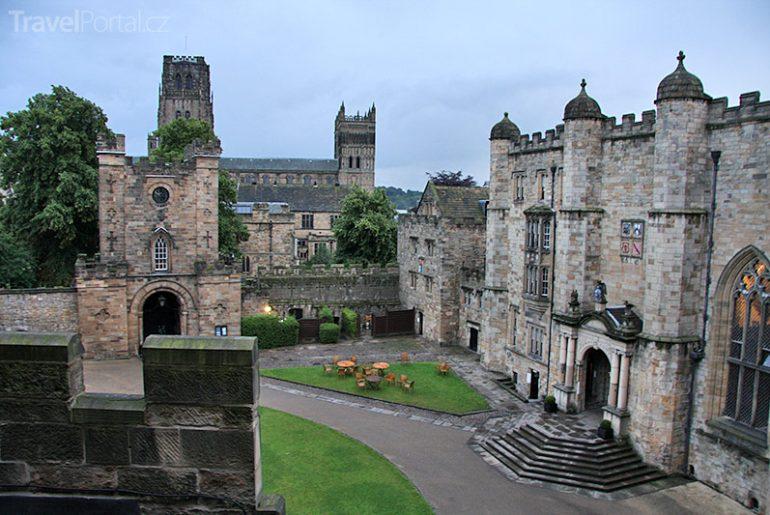 hrad a katedrála v Durhamu