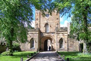 vchod do hradu
