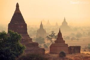 ruiny v Baganu