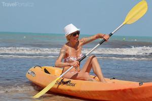 Marcela Březinová vyrazila na moře v kajaku