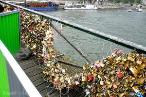 Pont des Arts a zámečky lásky