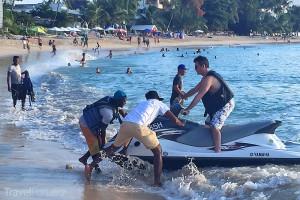 Porotce Simon Cowell na ostrově Barbados