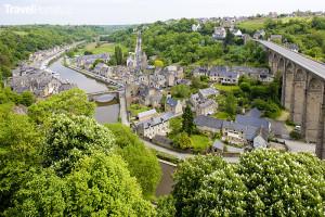obec Dinan v Bretani