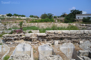 divadlo v Týru