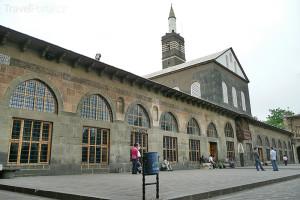 mešita Ulu v Diyarbakıru