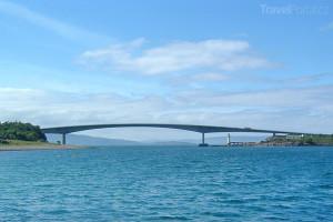 most spojující Skye s pevninou