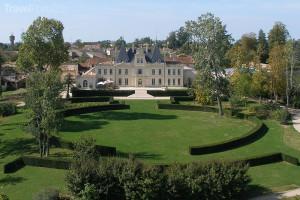 Chateau de Lussac