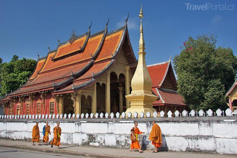 chrám v Laosu