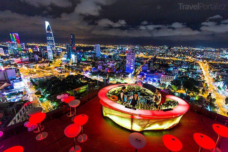 Silvestr 2015 a Chill Skybar v Saigonu