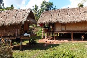 vesnice v Laosu