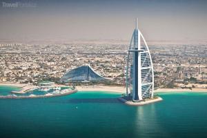 pohled na Dubaj a hotel Burdž al-Arab