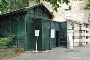 vchod z Denfert-Rochereau
