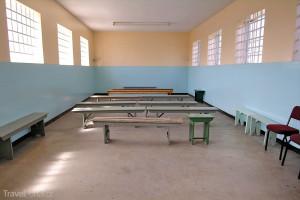 společenská místnost ve věznici na Robben Island