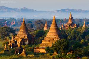 pagody v Baganu