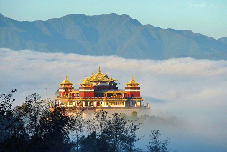 chrám v Nepálu