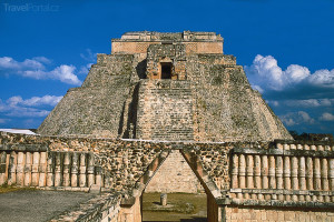 Kouzelníkova pyramida