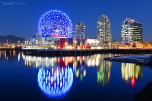 Vancouver v noci
