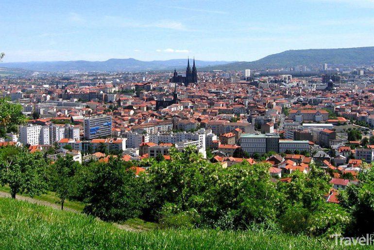 město Clermont-Ferrand