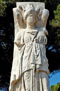 socha Minervy