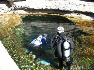 potápěči v Jákobově studně